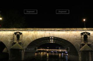 セーヌ川の橋の写真・画像素材[874757]