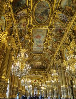 パリのオペラ座の写真・画像素材[875073]