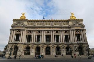 パリのオペラ座の写真・画像素材[875078]