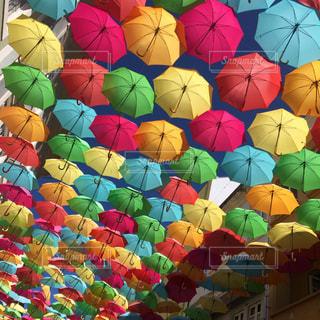 アゲダの傘祭りの写真・画像素材[876583]