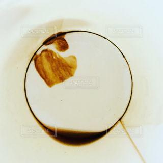 コーヒーカップの底にの写真・画像素材[819869]