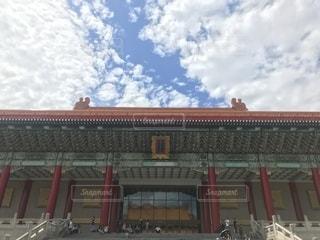 大きな建物の写真・画像素材[1461863]