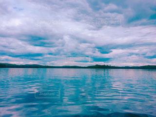 水の大きな体の写真・画像素材[821569]
