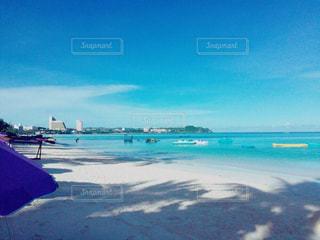 グアムの青い海の写真・画像素材[822178]