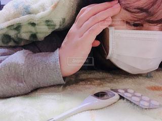 頭が痛い女性の写真・画像素材[1753919]