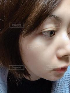 横顔の女性の写真・画像素材[1806652]