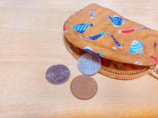 小銭に財布の写真・画像素材[1848376]