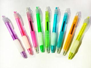 色の異なる歯ブラシのグループの写真・画像素材[3284884]