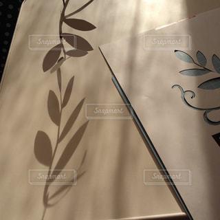リーフの切り絵の写真・画像素材[834511]