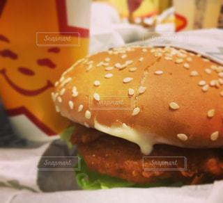 ハンバーガーの写真・画像素材[825404]