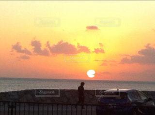 沖縄の夕日の写真・画像素材[826050]