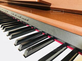 近くにピアノのの写真・画像素材[1191322]