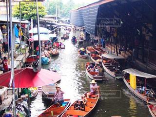 タイの水上マーケットの写真・画像素材[827565]