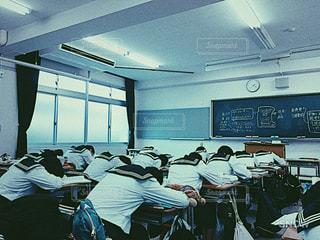 学校での、日常の写真・画像素材[827828]