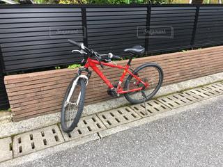 赤い自転車の写真・画像素材[828335]