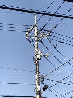 電柱と電線と空 - No.829605