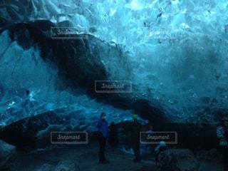 氷の洞窟の写真・画像素材[830044]