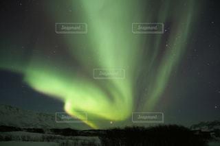アイスランドのオーロラの写真・画像素材[880855]