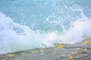 波打ち際の写真・画像素材[3279176]