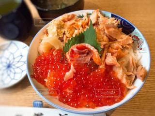 サーモンいくら丼 - No.885671