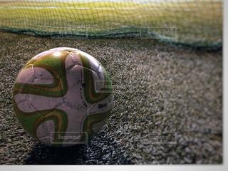 近くにサッカー ボールのアップ - No.918209