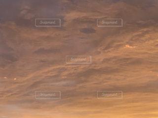 夕方の雲の写真・画像素材[3483899]