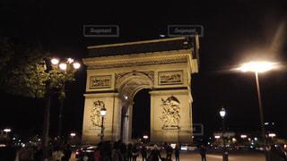 夜の凱旋門の写真・画像素材[832192]
