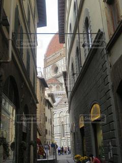 フィレンツェの小道の写真・画像素材[833174]