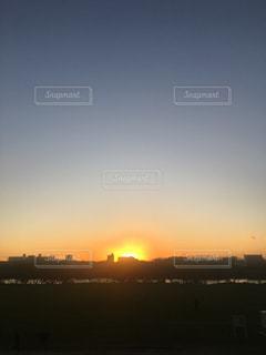 多摩川落陽の写真・画像素材[877057]