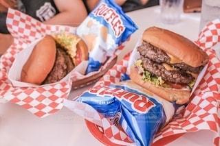 ハンバーガーの写真・画像素材[2596222]