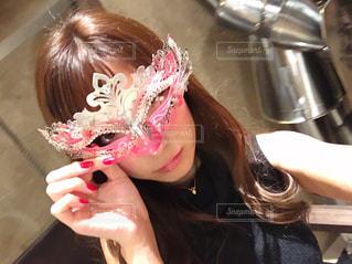 取って、selfie ピンクの髪の女の写真・画像素材[1376710]