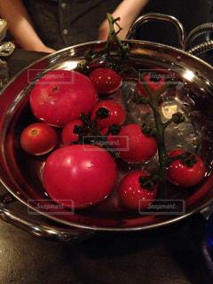 みずみずしいトマトの写真・画像素材[835611]