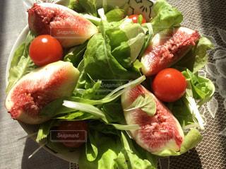 果物と野菜のサラダ ボウルの写真・画像素材[885970]