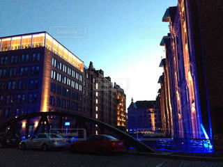 ドイツ  ハンブルクの夜景の写真・画像素材[837663]