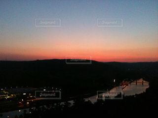 ドイツ・ネッカーツィンメルンの夕暮れの写真・画像素材[838009]
