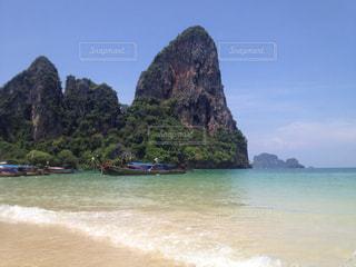 タイのビーチとボートの写真・画像素材[839392]