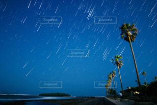 星ふる夜の写真・画像素材[837933]