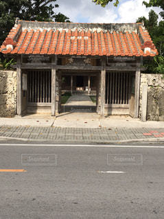 最南端の赤瓦寺 - No.838451