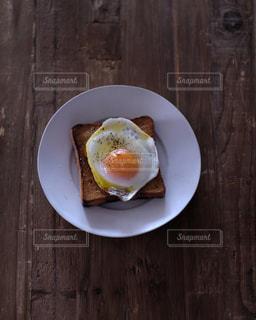 目玉焼きトーストの写真・画像素材[1871567]
