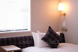ホテルのベッドルームの写真・画像素材[2916839]