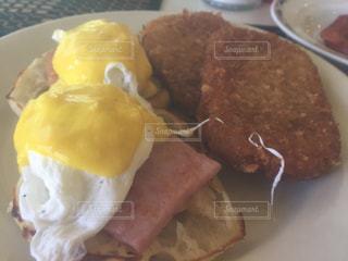 ホテルの朝食の写真・画像素材[875940]