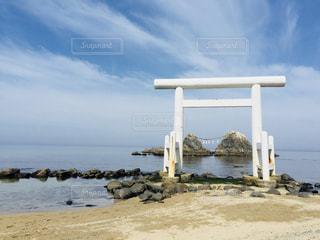 海辺の鳥居の写真・画像素材[843718]