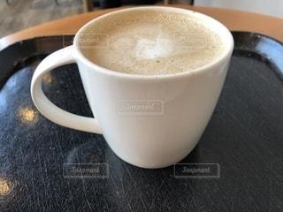 一杯のコーヒーの写真・画像素材[1636408]