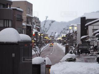 雪のゆげ街道の写真・画像素材[987039]