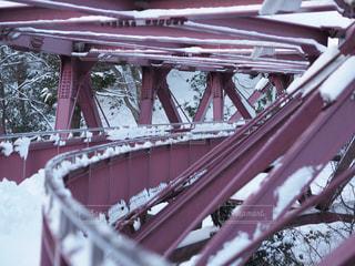 雪のあやとり橋の写真・画像素材[987045]