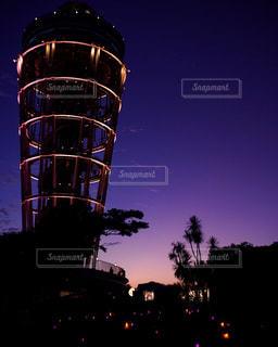夜の街のタワー - No.843237