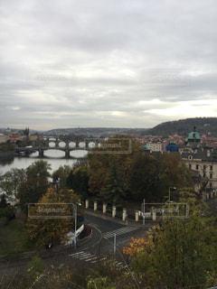 プラハの街と川の写真・画像素材[844021]