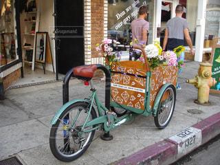 アボットキニー通り (Abbot Kinney Blvd) ロサンゼルスの写真・画像素材[922393]