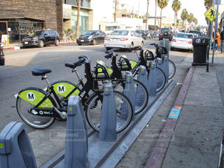 アボットキニー通り (Abbot Kinney Blvd) ロサンゼルスの写真・画像素材[922403]