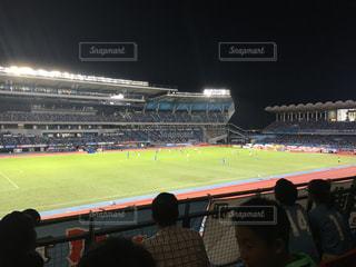 サッカーの試合(等々力スタジアム)の写真・画像素材[844581]